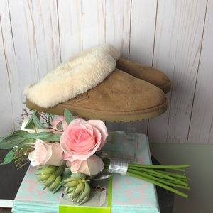 Ugg Shearling Lined Indoor/Outdoor Slipper